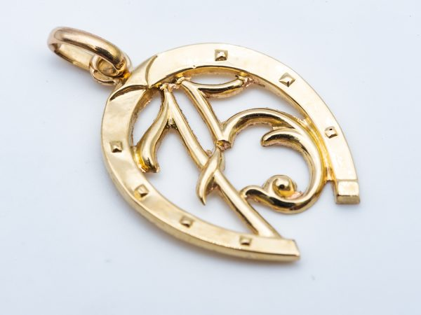 Mesure et art du temps - Yellow Gold Pendant Lucky Charm Horse
