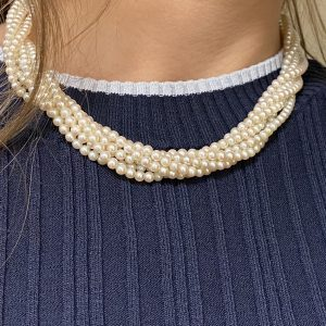 Mesure et art du temps - 6 Row Cultured Pearls Necklace with 18K Yellow and White Gold Clasp