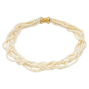 Mesure et art du temps - 18k Yellow Gold 7 Strands Fine Pearls Necklace Clasp Necklace of pearls finished 7 Rows twisted. Clasp with two safeties in 18k yellow gold. Diameter of the pearls: 0,4 cm Width: 1 cm Length : 51,5 cm