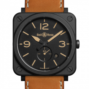 Mesure et art du temps - Movement: Quartz. Caliber BR-CAL.102. Functions : hours, minutes, small second at 6 o'clock. Date. Case : diameter 39 mm. Matte black ceramic. Dial: black. Numbers, hour markers and hour and minute hands hour and minute hands coated with sand-colored Superluminova®. Glass: sapphire crystal with anti-reflective coating. Water resistance: 100 meters. Strap: gold colored calf leather with hot stamping. Buckle: pin buckle. Steel with black PVD finish.